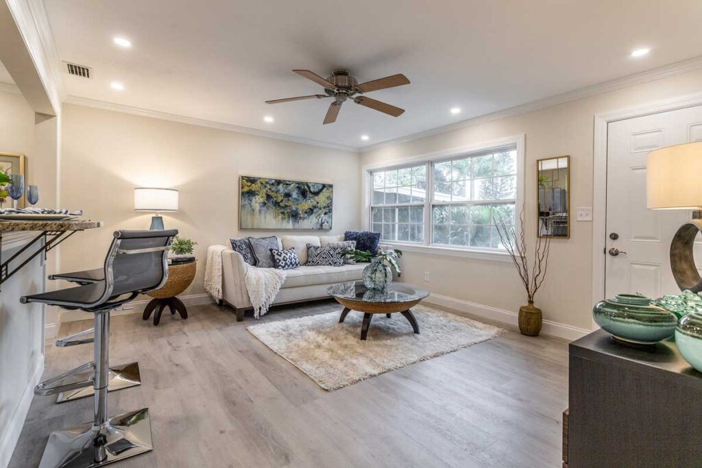 DON'T TAKE YOUR OWN REAL ESTATE PHOTOS